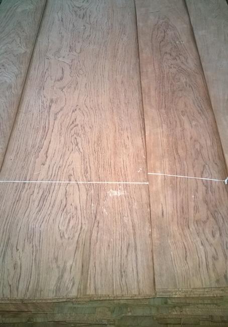 шпон кевазинго в паллете