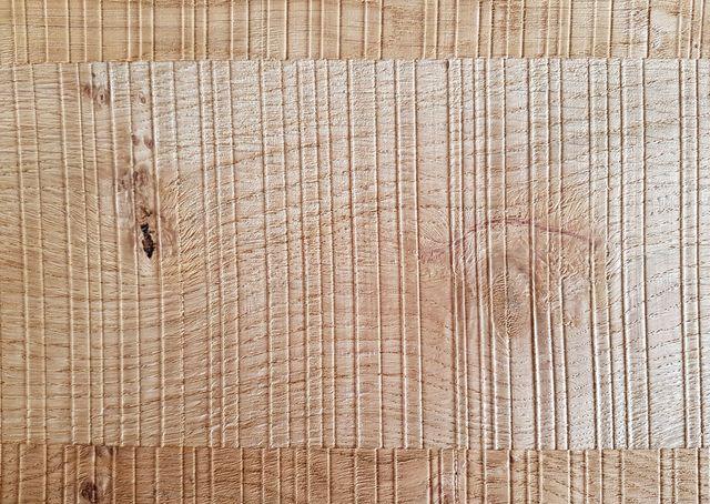 МДФ шпонированный дуб винтаж с шероховатой резкой