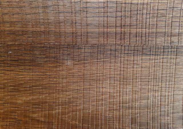 МДФ шпонированный  копченый  дуб с шероховатой резкой (smoked oak rough cut)