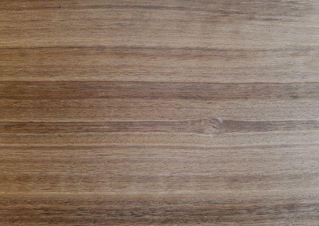 МДФ шпонированный  копченый эвкалипт  (eucalyptus smoked crown cut)