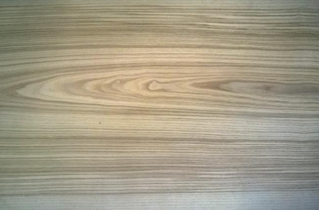 Рулонный шпон из  ясеня 0,3 мм